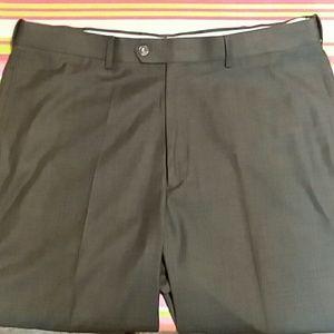 Roundtree and Yorke Men's Dress Pants